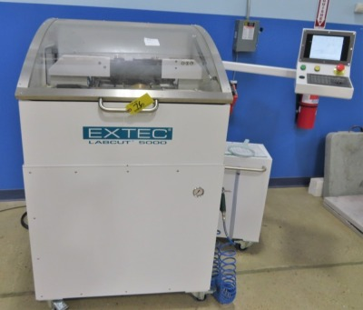 EXTEC LAB CUT 5000 PRECISION CUTTING COMPOSITE PLATE SAW