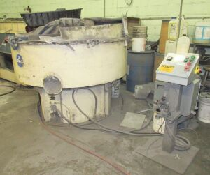 SWECO MDL. FMD-24L-R VIBRATORY FINISHER (LOCATED IN DEER PARK, NY)